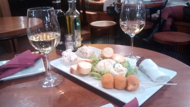 cicchetti-al-sbarlefo-cookinvenice-withwine