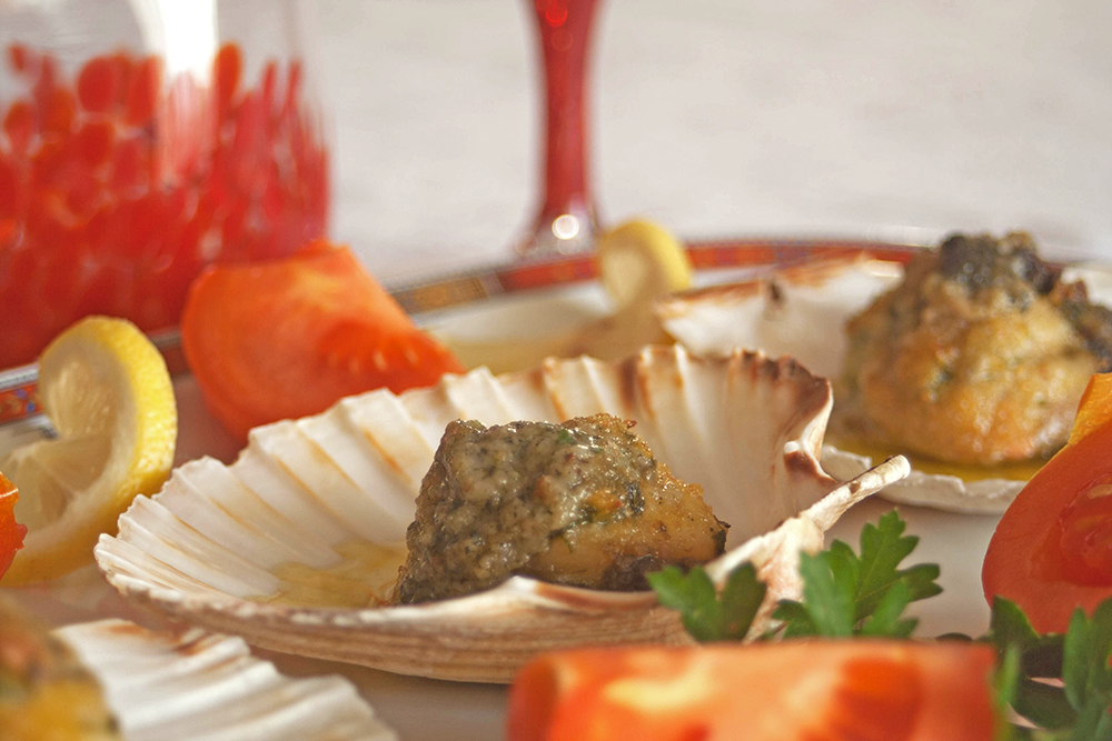 Scallops Baked with Breadcrumbs