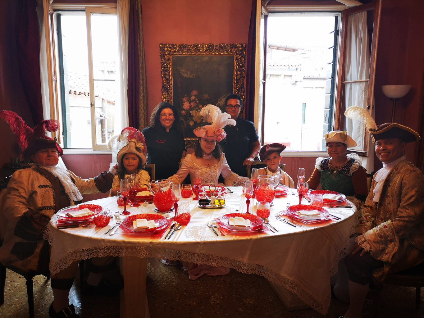 cooking class in costume in venice