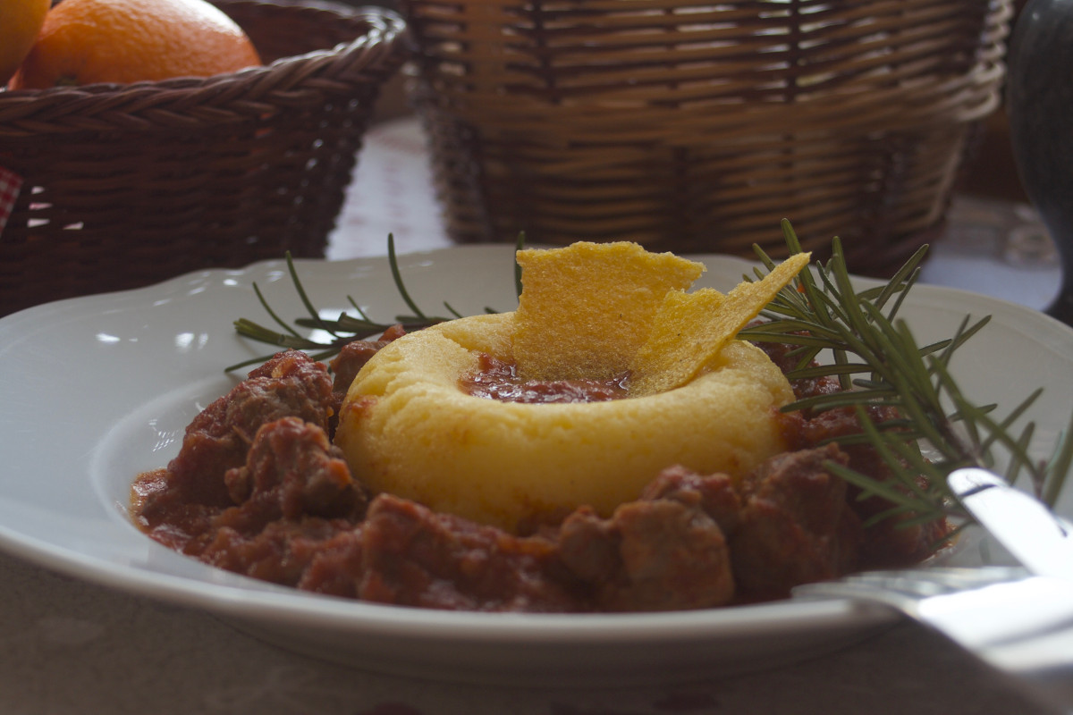 Spezzatino in umido con polenta